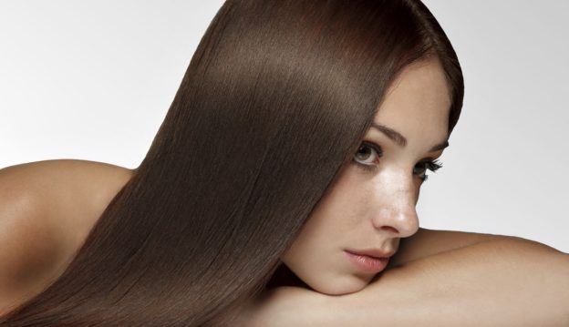 How to keep hair moisturized in the summer