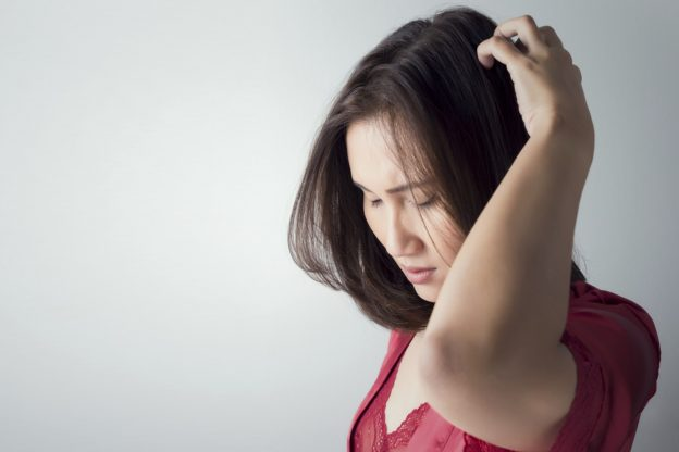 Women treat scalp folliculitis