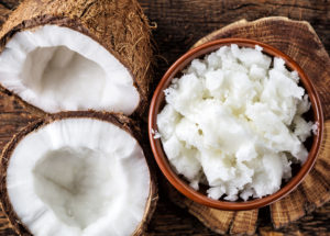 coconut-oil-DIY-hair-mask-viviscal-hair-tips