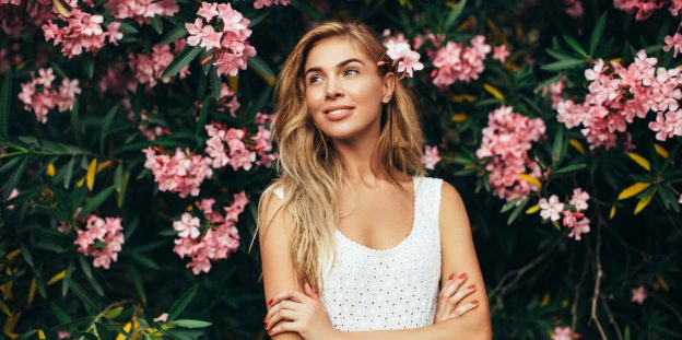 flowers-blonde-woman-spring-hair-care-tips