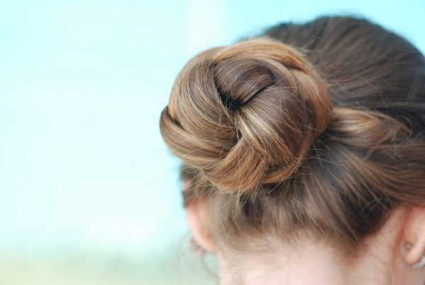 The Best Simple Hairstyles For Long Hair Viviscal Healthy Hair Tips
