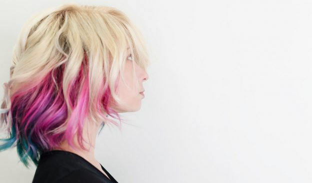 temporary hair color pink hair dye blonde woman side view viviscal hair blog