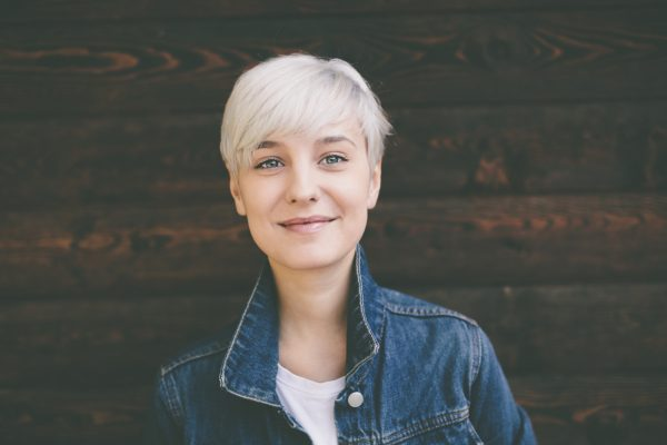 blonde white hair woman short pixie cut round face choosing the best hairstyle by face shape viviscal hair blog