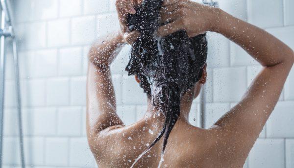 washing hair shower shampooing back best nourishing shampoo best products for fine hair viviscal hair blog