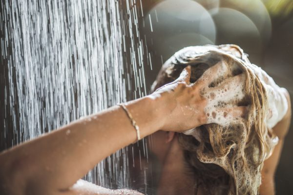 how to deal with dry scalp in winter